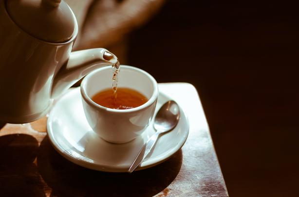 Hogyan készül a finom tea? Teafőzés 10 percben