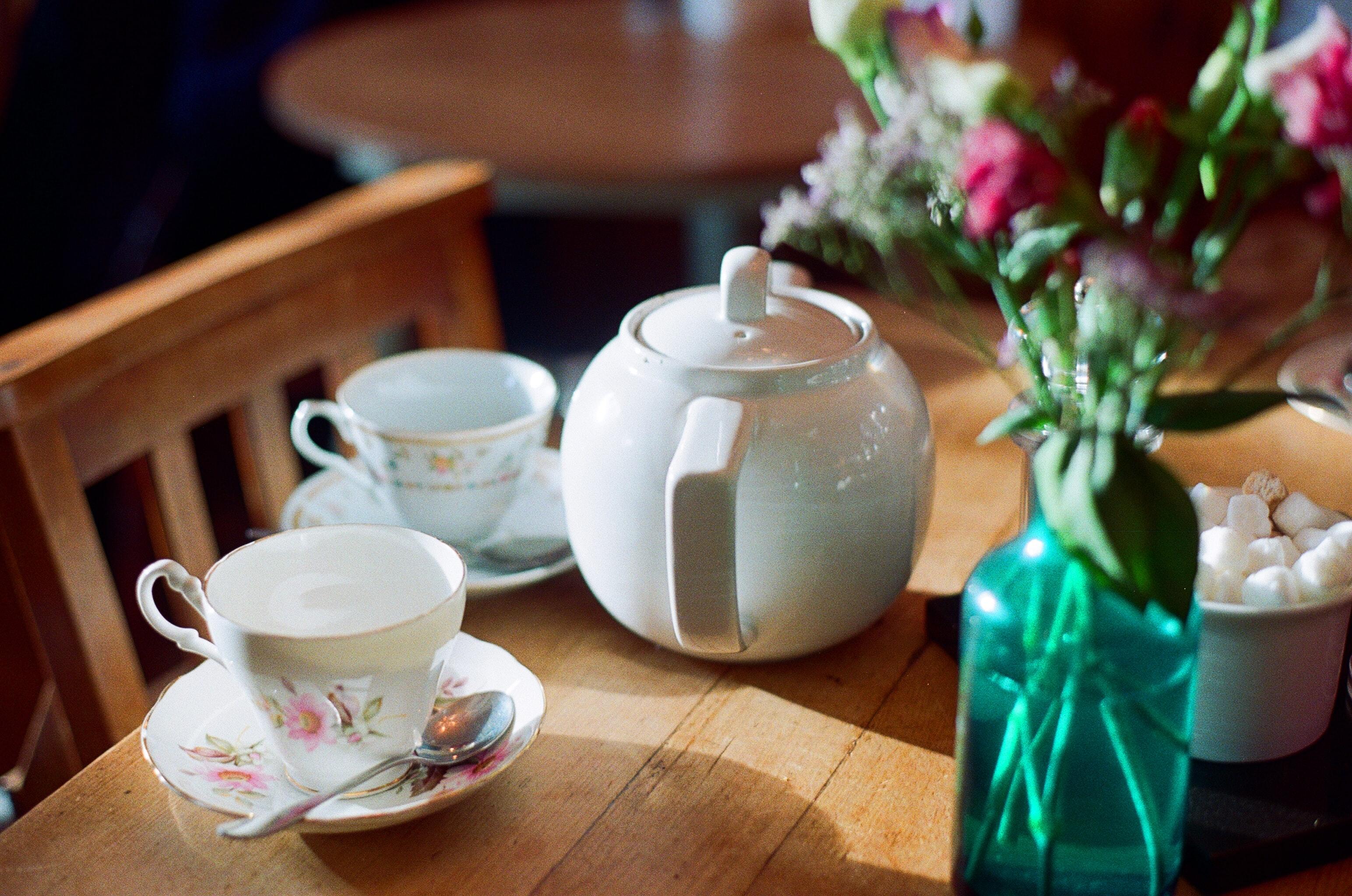 Tea reggel… délben… és este is! - Az angol teakultúra történelme